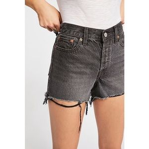 Levi's 501 high rise denim shorts black size 25